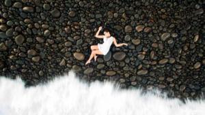 Pilote de drone sur l'île de la Réunion