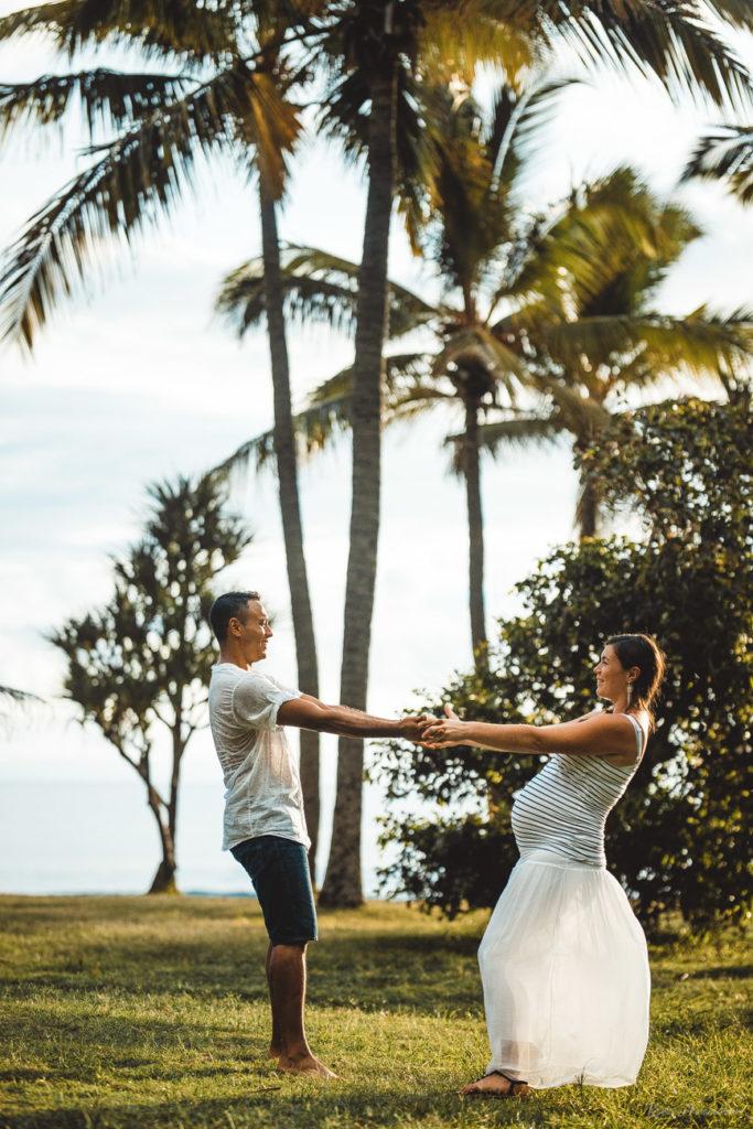 Shooting photo de couple sous les cocotiers
